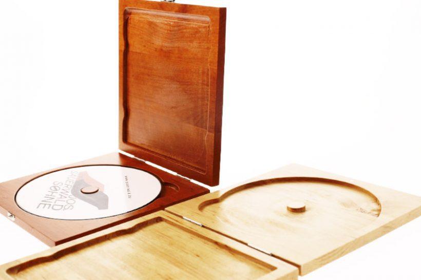 Verpackungen aus Holz und Metall